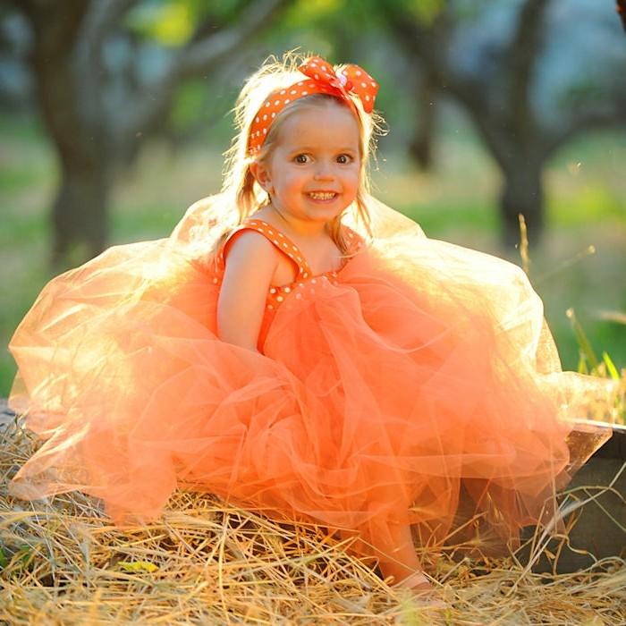 kleid-in-orange-baby-mädchen