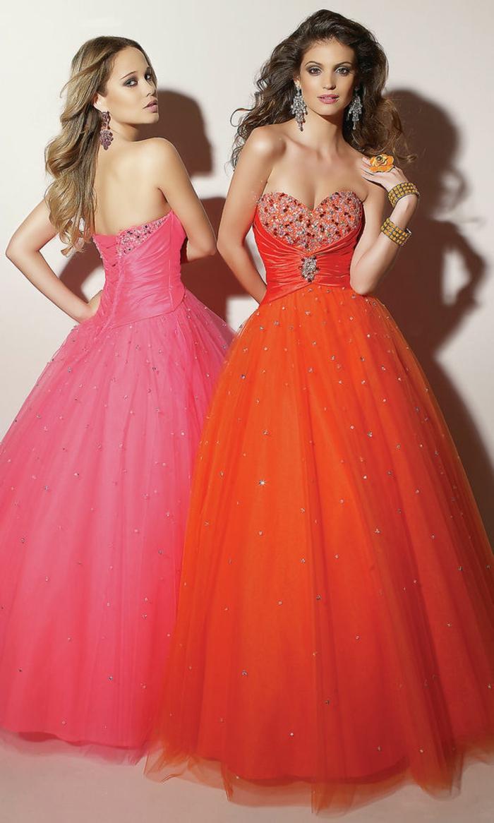 kleid-in-orange-zwei-wunderschöne-frauen