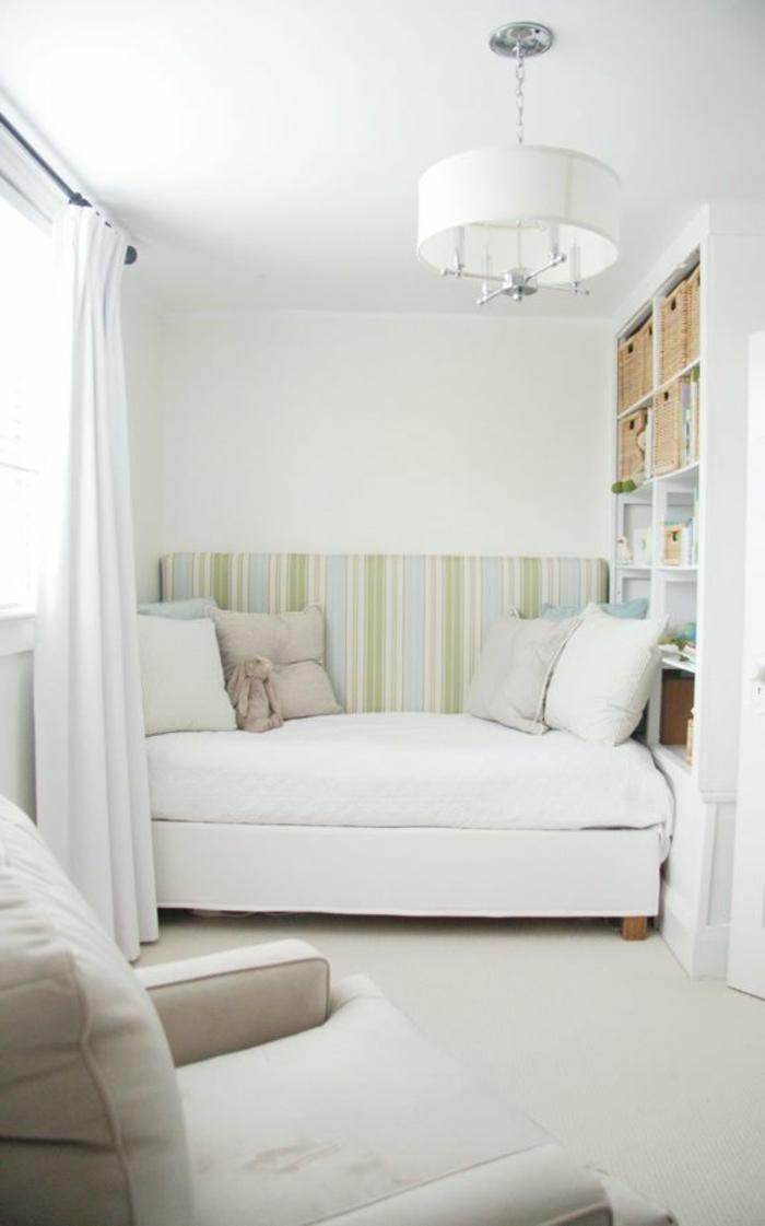 Ein kleines sofa f r eine kleine wohnung - Romantisches wohnzimmer ...