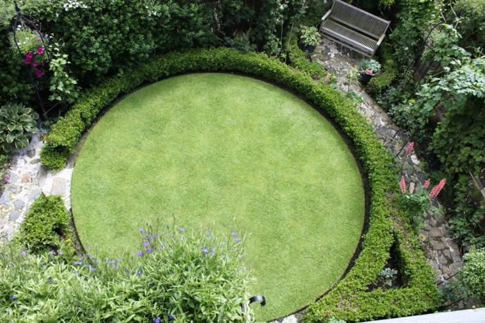 kleiner-englischer-Garten-Norwegien-rundförmig