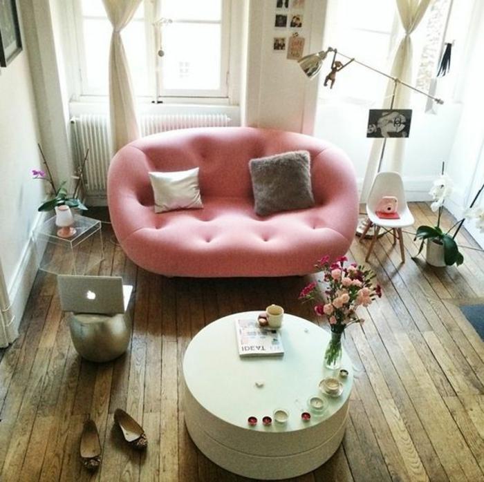 Ein kleines sofa f r eine kleine wohnung - Einrichtungsideen fur kleine raume wohnung design ...