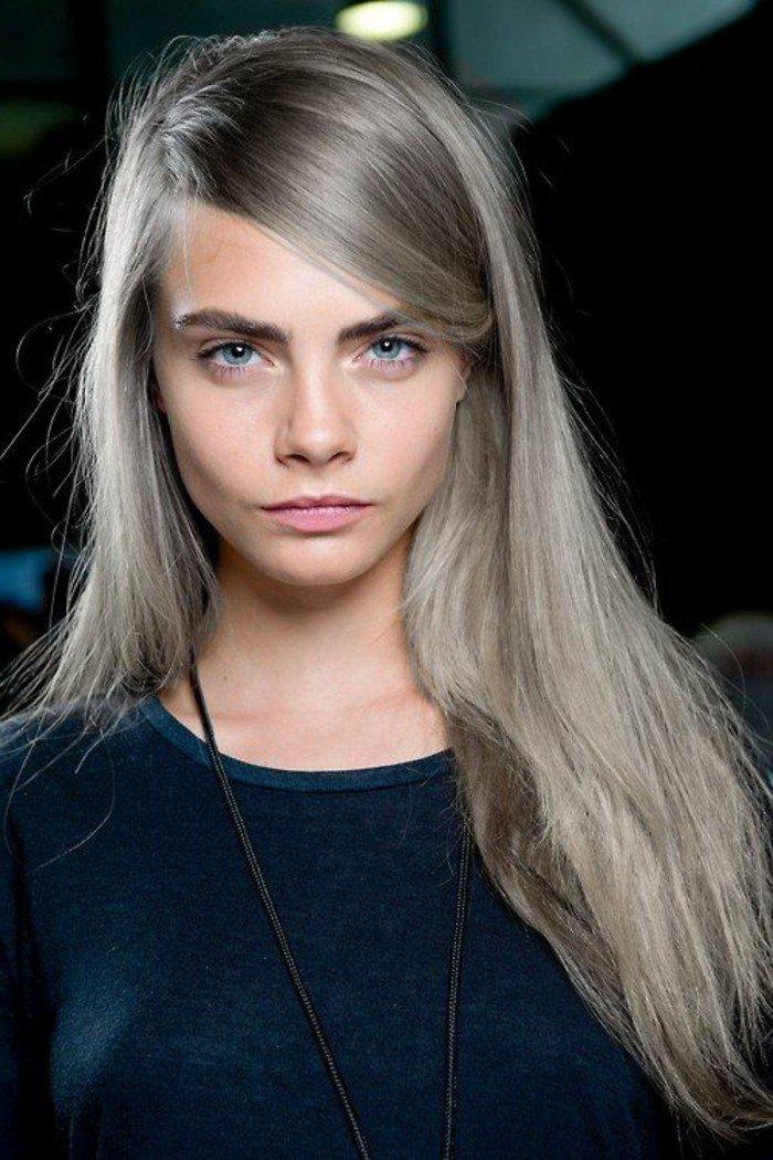 lange-glatte-haare-graue-färben
