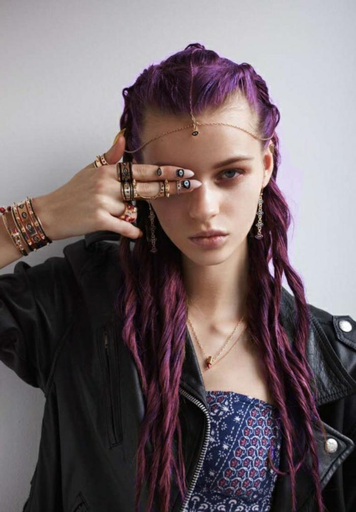 lila-haarfarbe-interessante-gestaltung