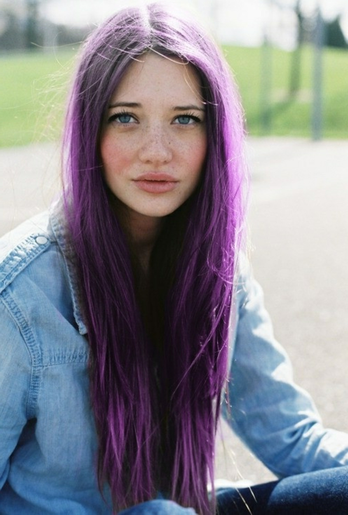 lila haarfarbe f r einen extravaganten look. Black Bedroom Furniture Sets. Home Design Ideas