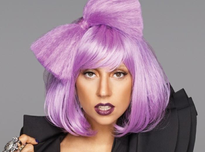 lila-haarfarbe-lady-gaga-extravagant