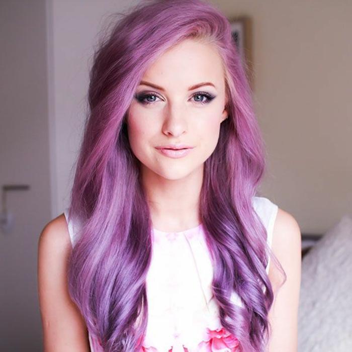 lila-haarfarbe-rosige-nuancen