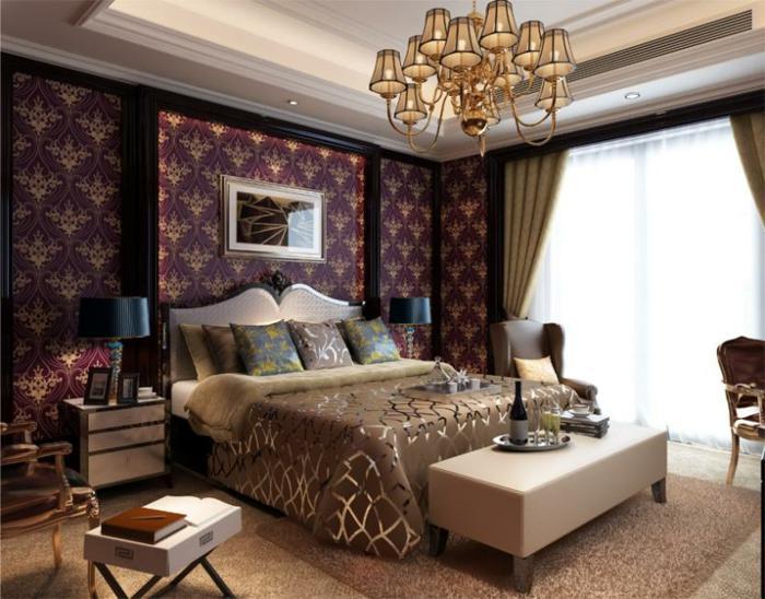 lila-tapete-aristokratisches-schlafzimmer