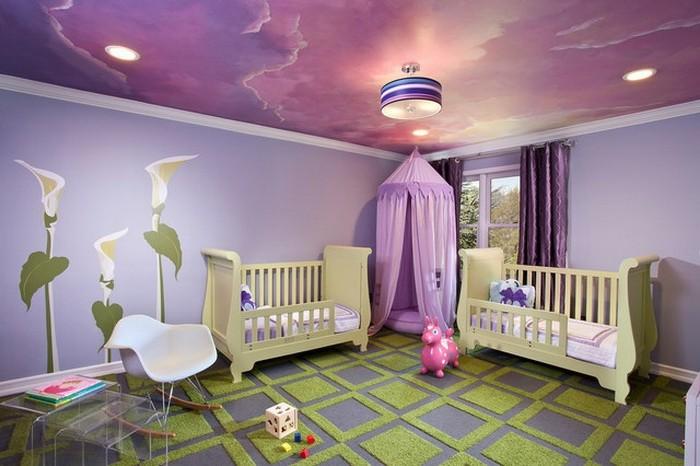 lila-tapete-babyzimmer-gestalten