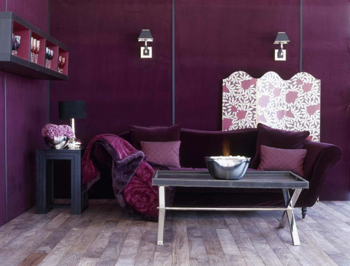 98 wohnzimmer mit lila tapete wandgestaltung mit lila tapete in fliesenoptik violette. Black Bedroom Furniture Sets. Home Design Ideas