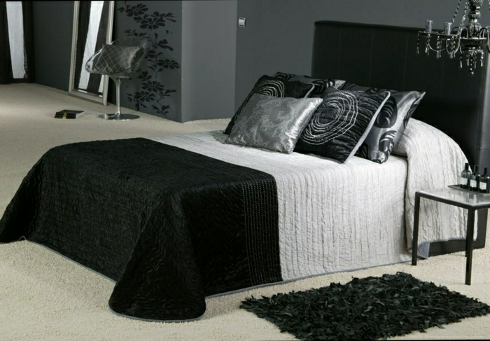 40 wundersch ne modelle tagesdecke. Black Bedroom Furniture Sets. Home Design Ideas