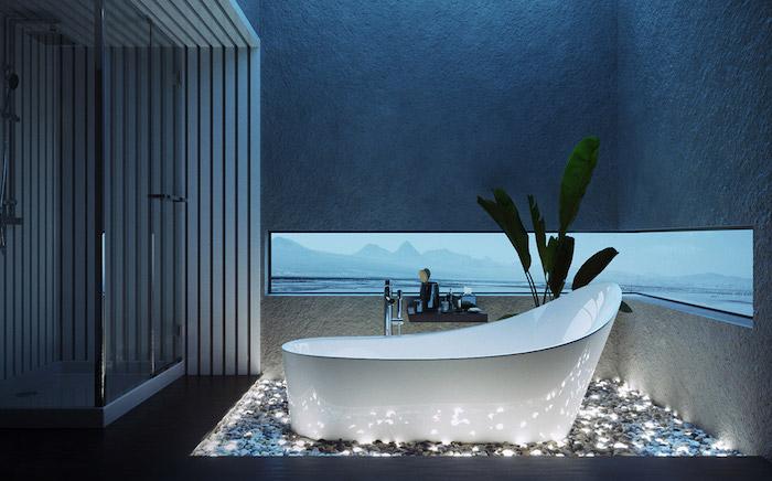 Moderne Bäder, Duschkabine aus Glas, weiße Badewanne aus Keramik, Lichtereffekte im Bad