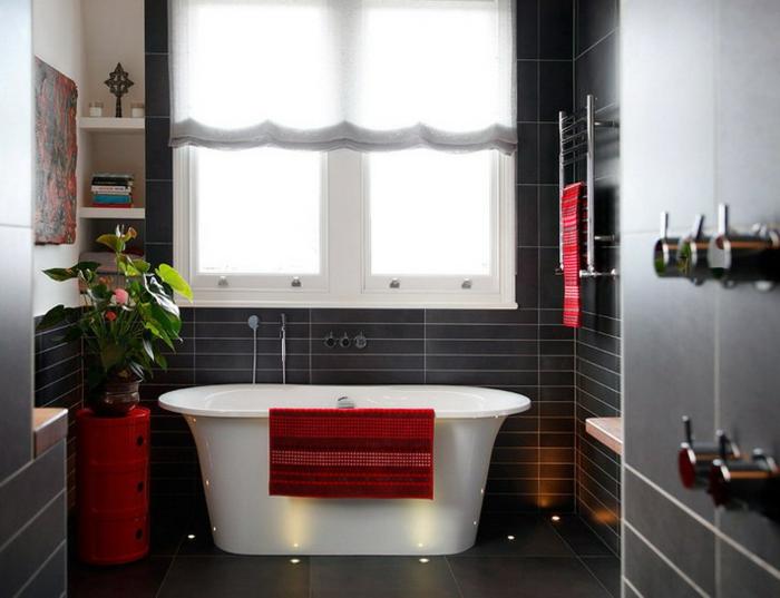 moderne-badeinrichtung-kreative-rote-deko
