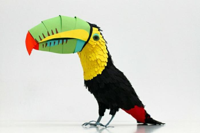 origami-tiere-ein-bunter-papagei
