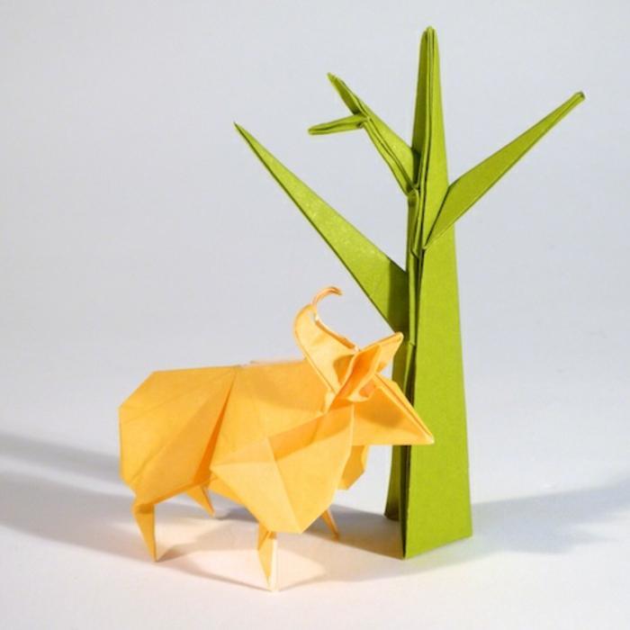 origami-tiere-ein-gelber-bulle