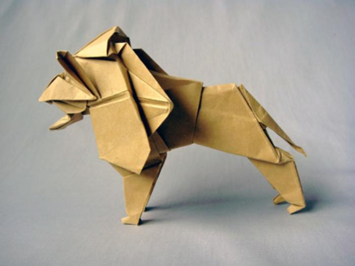 origami-tiere-ein-löwe - grauer hintergrund