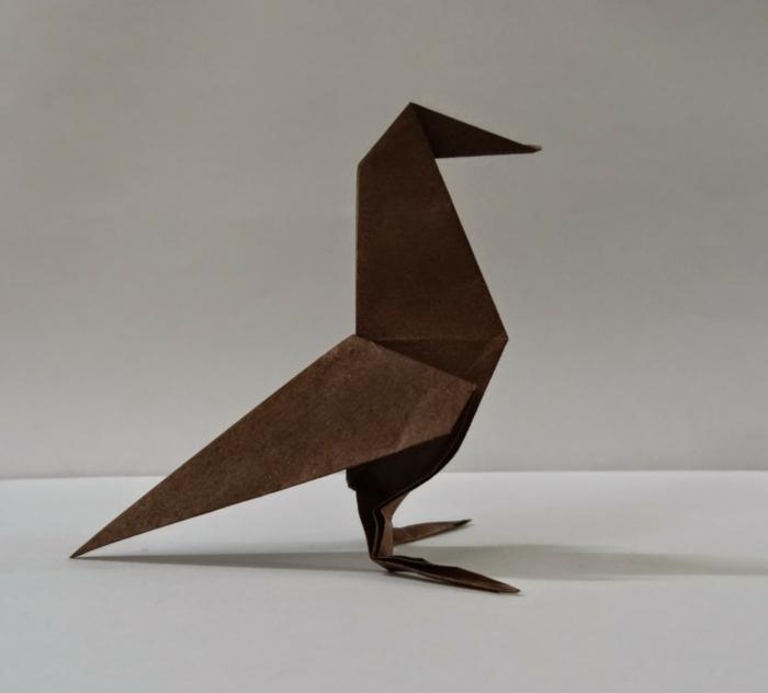 origami-tiere-vögel-in-braun