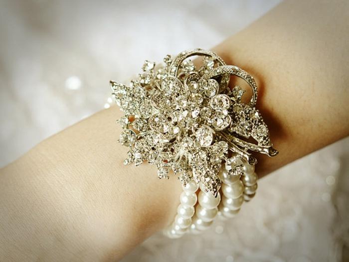 perlen schmuck-einmaliges-design-vom-armband