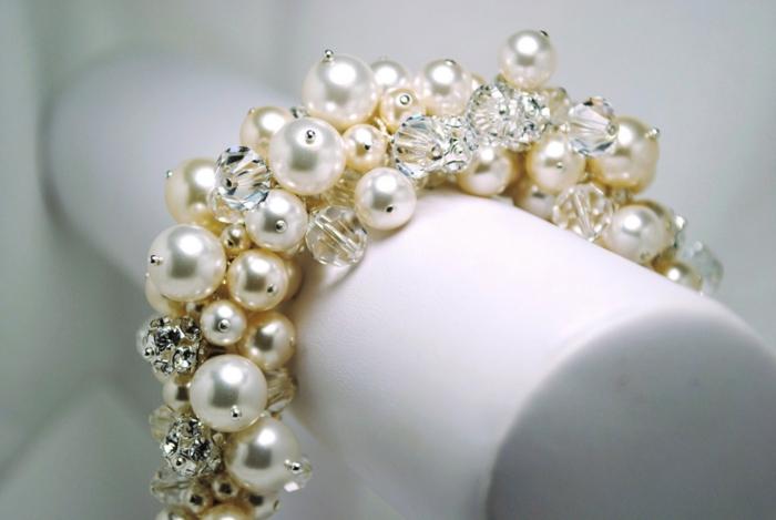 perlen schmuck-herrliches-modell-vom-armband