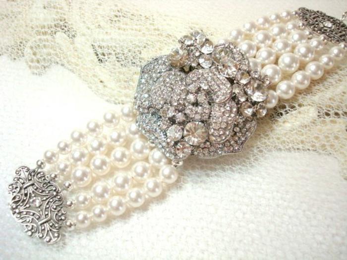 perlen schmuck-wunderschönes-modell-vom-armband