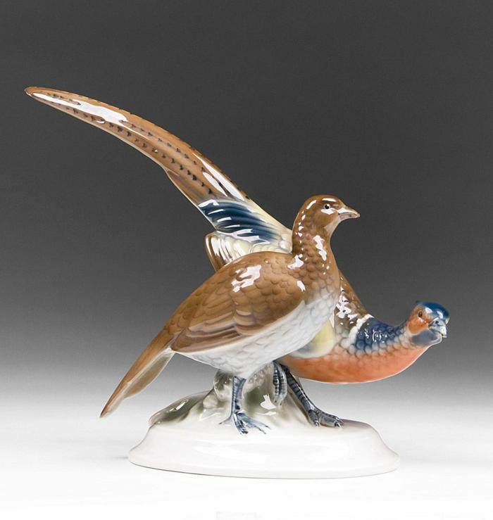 porzellan-figuren-ein.vogel-ganz-interessant