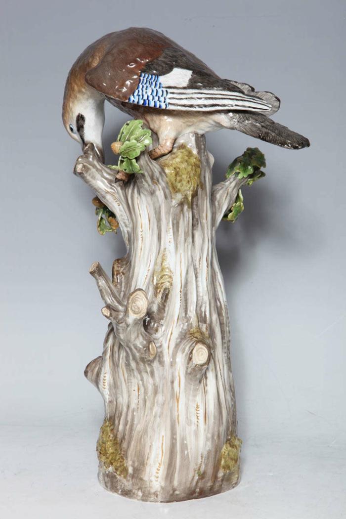 porzellan-figuren-interessanter-vogel