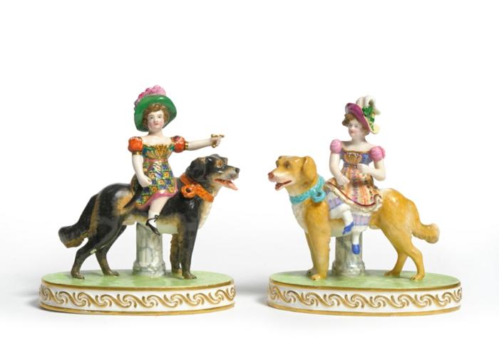 porzellan-figuren-zwei-puppen-ganz-süß