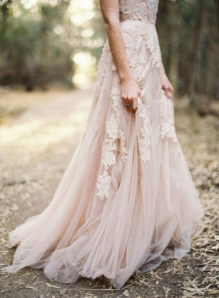 romantisches-Modell-boho-chic-Kleid-Stickerei-Tüll-Hochzeitskleid