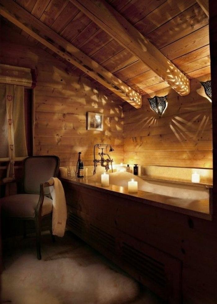 rustikale-Badezimmer-Gestaltung-Badewanne-Kerzen-Designer-Leuchten