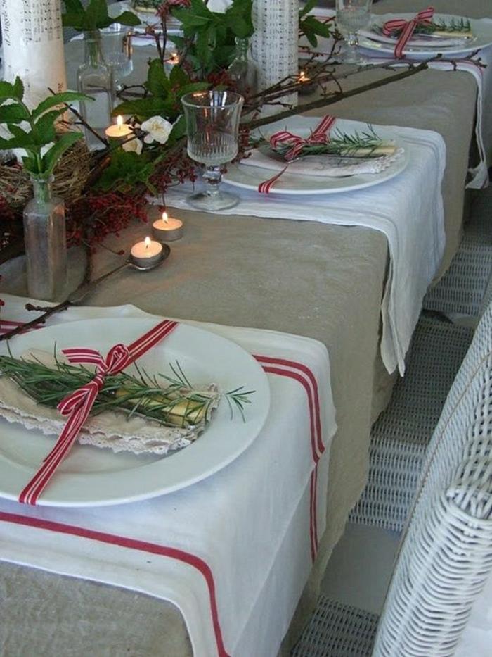 rustikale-Tischdeko-Weihnachtsdekoration-Tischdeko-Leinen-Kerzen
