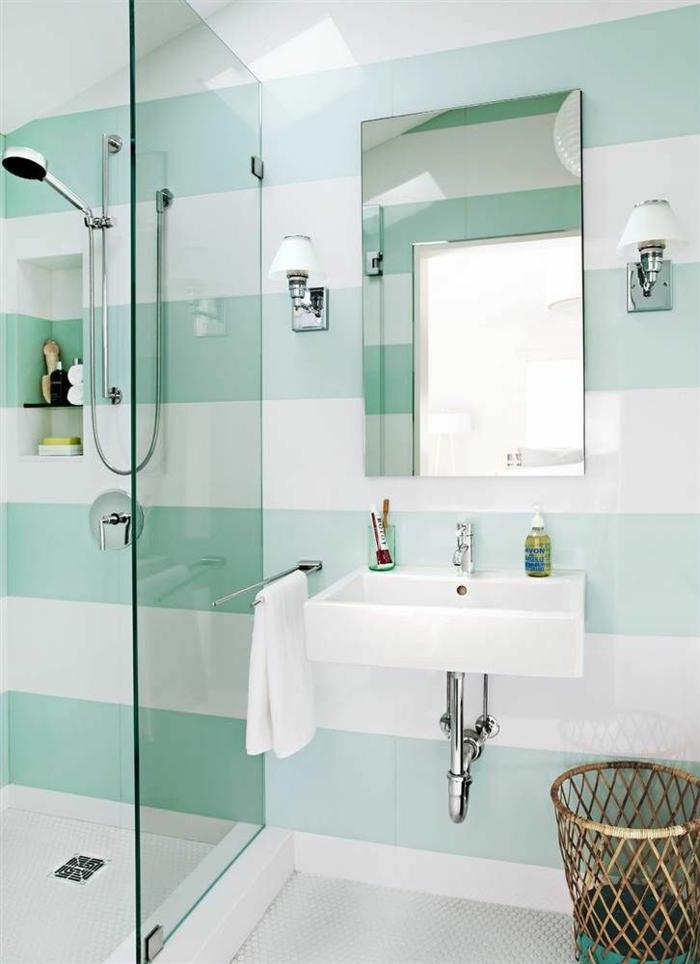 schöne-Badezimmer-Gestaltung-Wände-Streifen-türkis-weiß