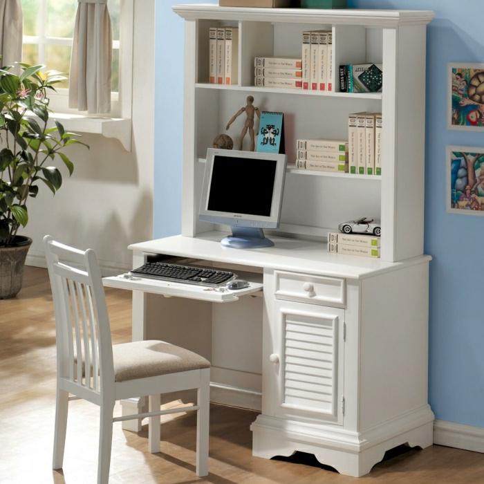 schreibtisch-weiß-Regale-Bücher-Computer-Stuhl-Topfpflanze