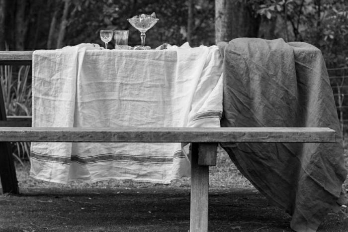 schwarz-weißes-Foto-art-Tischdecken-Leinen-rustikaler-Stil