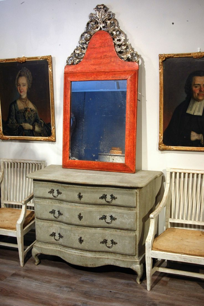 schwedischer-spät-Barock-Stil-Möbel-Kommode