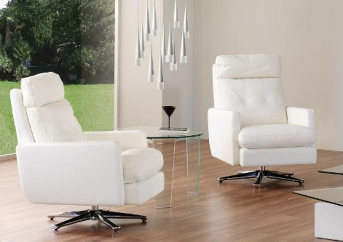 sessel-in-weiß-zwei-interessante-modelle