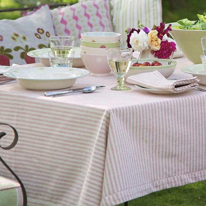 shabby-chic-Tischdekoration-Tischdecke-Streifen-rosa.weiß