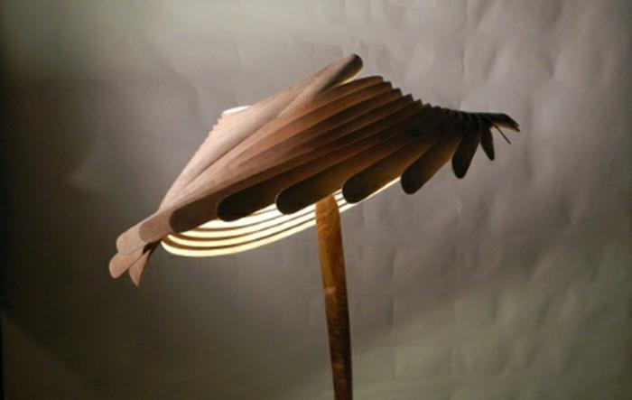 extravagante designs von stehlampe aus holz. Black Bedroom Furniture Sets. Home Design Ideas
