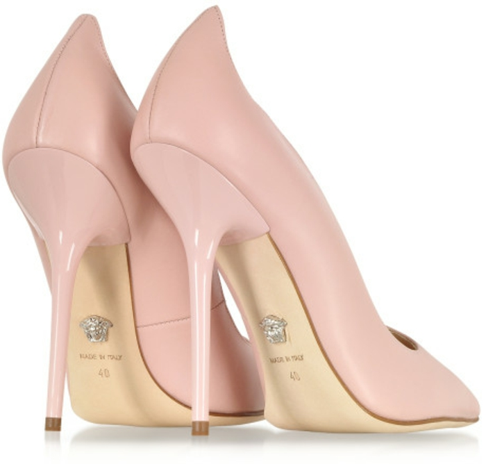 versace-schuhe-schöne-rosige-farbe