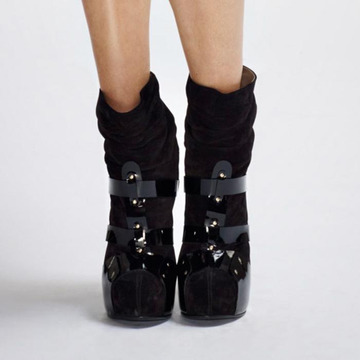 versace-schuhe-schwarz-und-schön