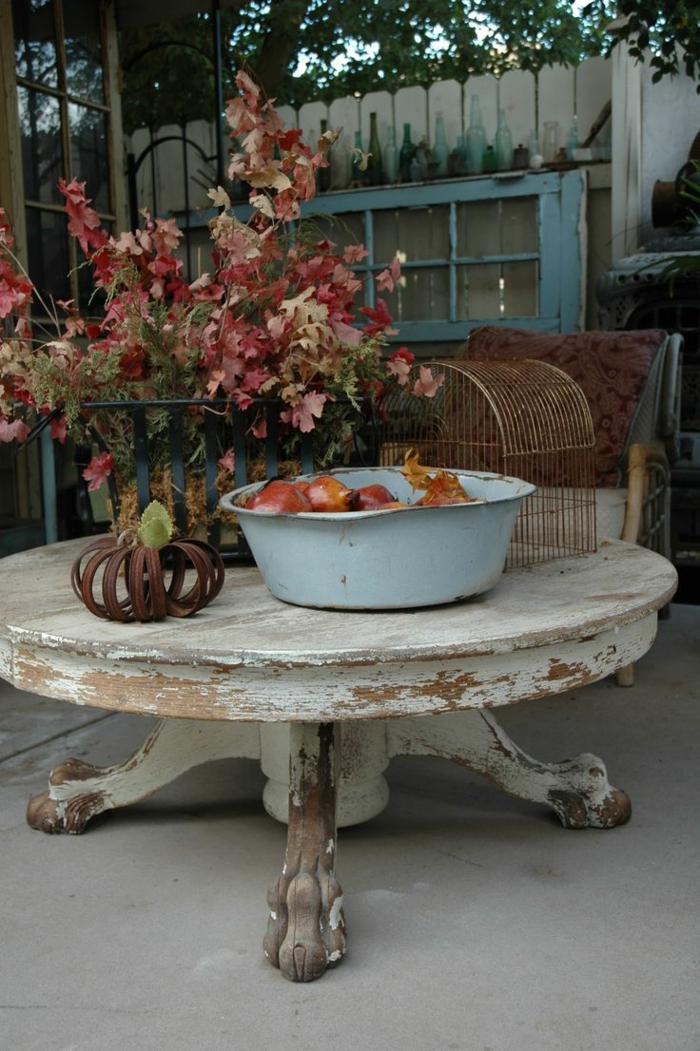 vintage-Eichen-Klaue-Fuß-Tisch-Äpfel-Herbstblätter-Käfig