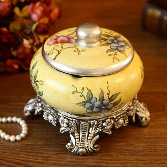 vintage-accessoires-aschenbecher-versilbert
