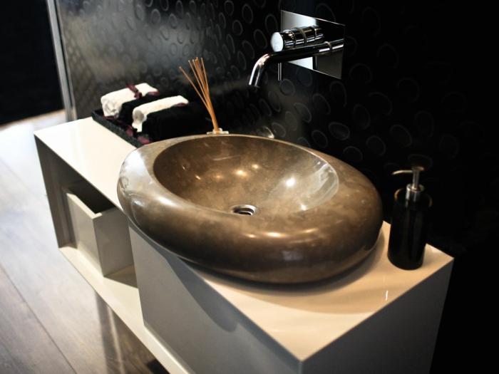 waschbecken-aus-stein-luxusmodell