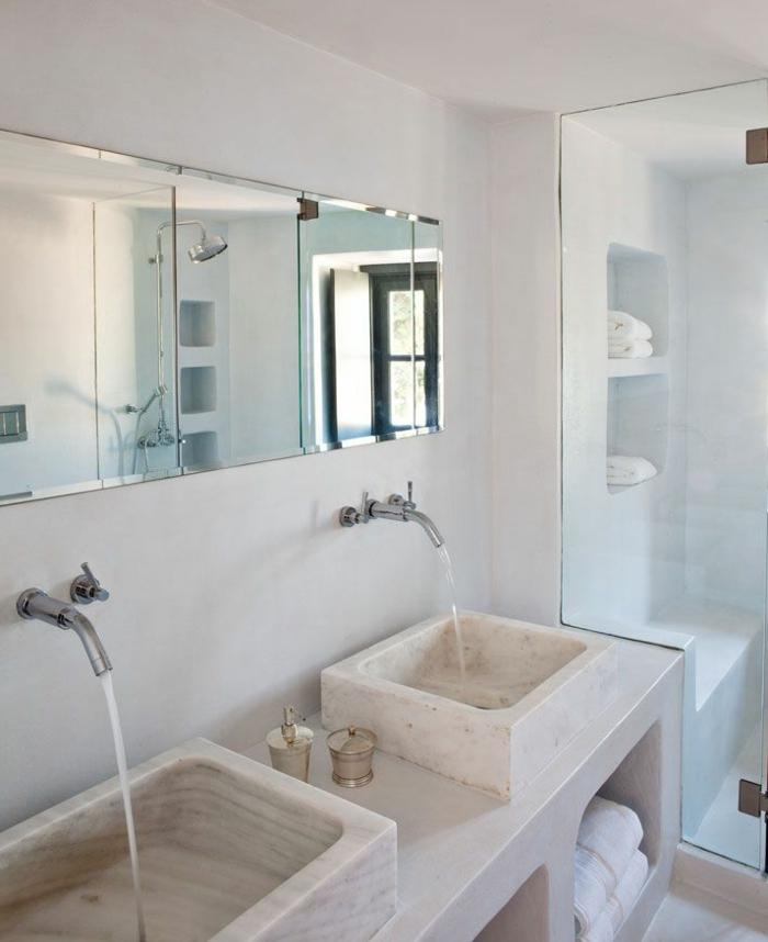 waschbecken-aus-stein-weiße-wände