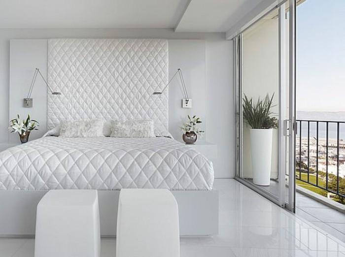 weiße-betten-minimalistisch-und-modern