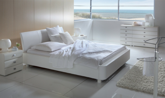 ... die nächsten Modelle weiße Betten an: sie sehen richtig klasse aus