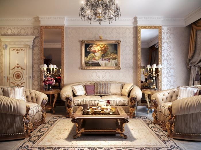 Barock-Wohnzimmer-Gestaltung-weiche-Sofas-Spiegel-goldene-Ornamente-glänzende-Designer-Tapeten