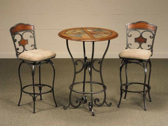 Bistro-tisch-mit-stühlen-für-bar-und-hübsch