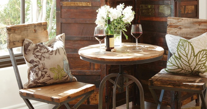 traditioneller bistrotisch passend f r jeden garten. Black Bedroom Furniture Sets. Home Design Ideas