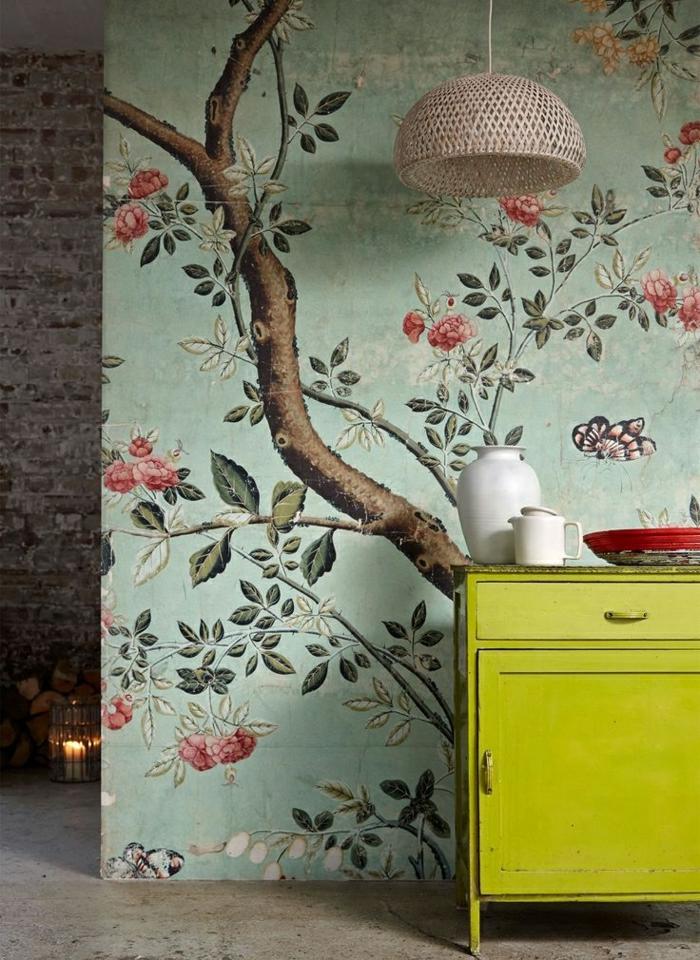 wunderschöne-Tapeten-florale-Motiven-hellgrüner-Hintergrund-romantsiches--Muster