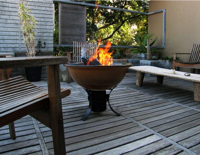 Feuerschale-mit-Grill-aus-