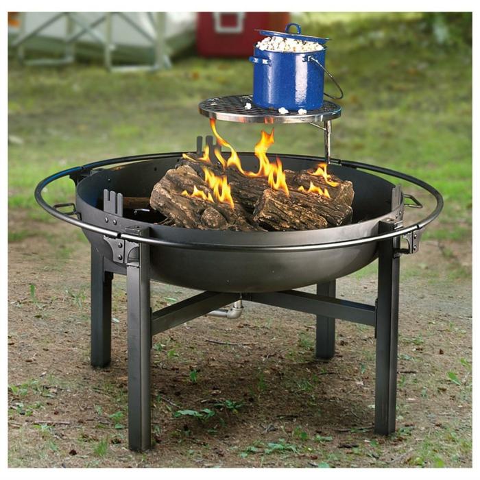 Feuerschale-mit-Grill-holz